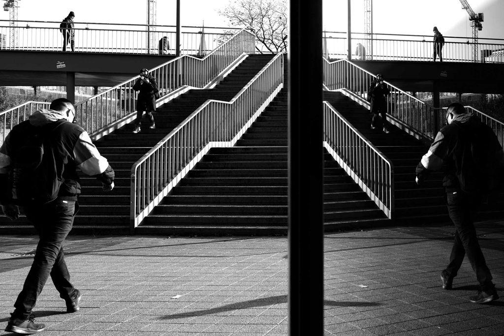 Zwei Kameras - Eine Stadt - Monochrom. Hamburg mit der Q2 Monochrom und M10 Monochrom erleben